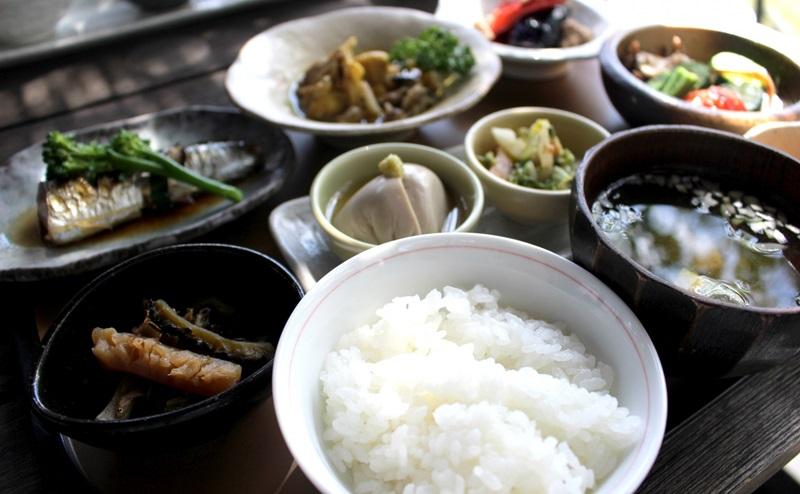 ダイエット食品は栄養バランスの整った食品を選ぶ