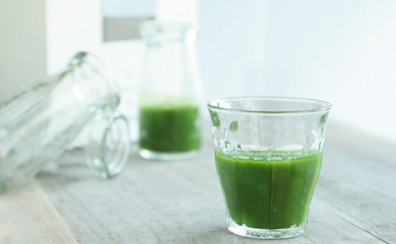 粉末グリーンスムージーは低カロリーで置き換えられる