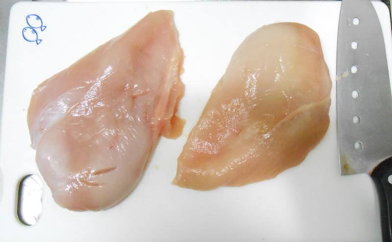 胸肉の肉掃除の完了