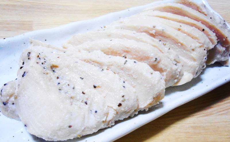 胸肉で自家製サラダチキン