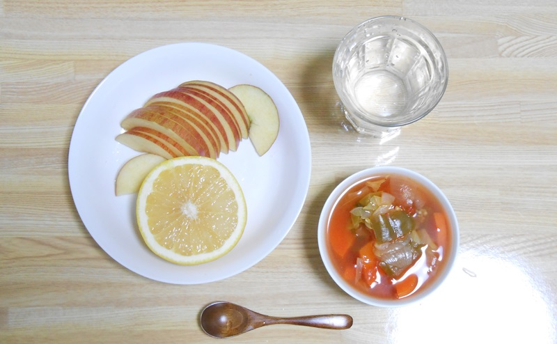 脂肪燃焼スープ1日目:フルーツの日