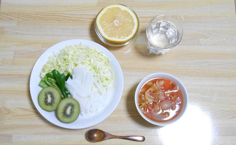 脂肪燃焼スープの3日目:野菜とフルーツの日