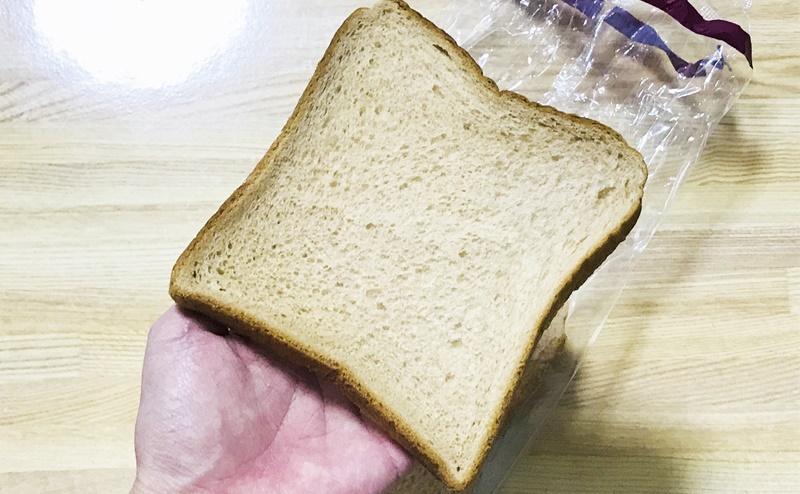 【ローソン】ブラン入り食パン4枚入の見た目