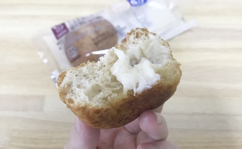 【ローソン】もち麦のミルクボールの断面