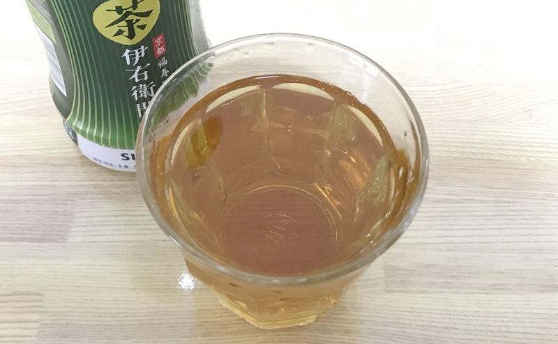 サントリー | 伊右衛門 特茶を飲む