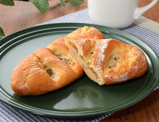 ローソン   たんぱく質が摂れるツナチーズパン
